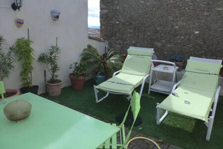 maison de village alignan du vent - Alignan-du-Vent - Radhus