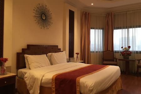 Deluxe Single Room (King Size Bed) - Manama - Other