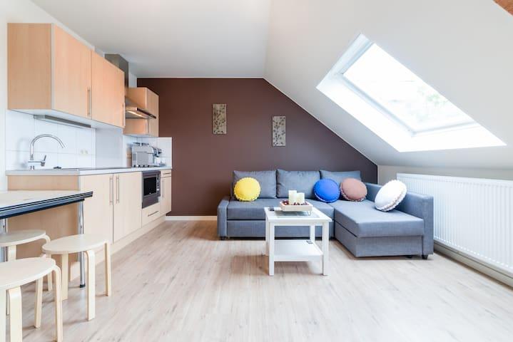 Mooie studio bij Brugge met mogelijk ontbijt.