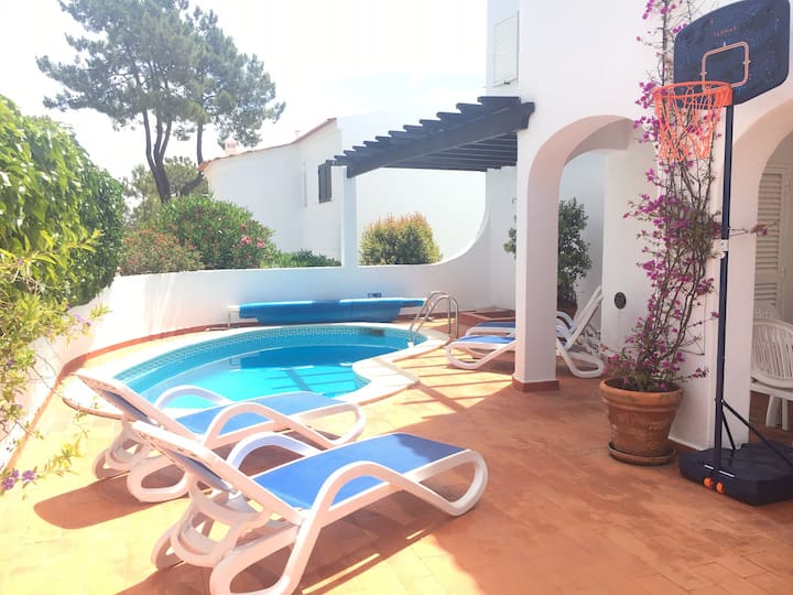 Three bed with heated plunge pool in Vale do Lobo