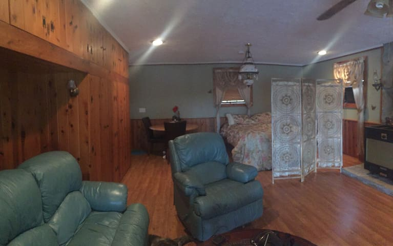 Epona Place~Fearydea  Room - Dunnellon - Huis