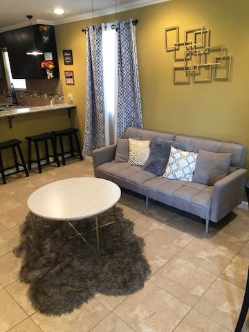4 Bdrm St Roch Oasis minutes from French Quarter
