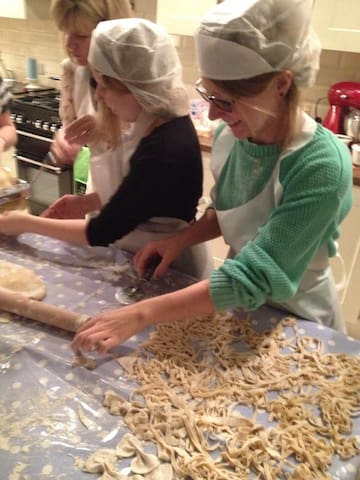 Cooking Lessons in Barga Tuscany - Barga - Bed & Breakfast