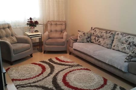 Private room for who need a safe home in İzmir - Konak - Casa