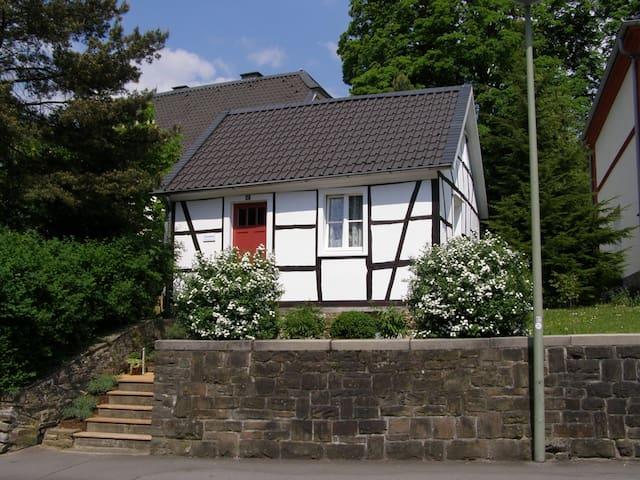 Kutscherhaus im Bergischen Land - Lindlar - Rumah