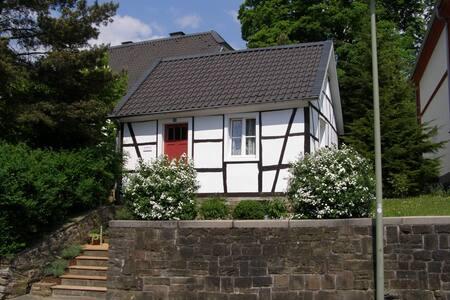 Kutscherhaus im Bergischen Land - Lindlar