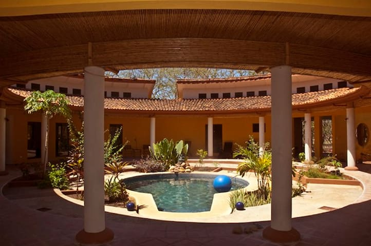 betw. Playa Conchal/Playa Flamingo - Playa Brasilito - Casa de camp