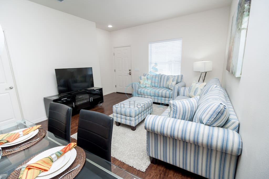 Living Room/ Dining Table