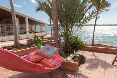 Sunny Seaside -Tropical-Breeze ~appartment ! - Willemstad