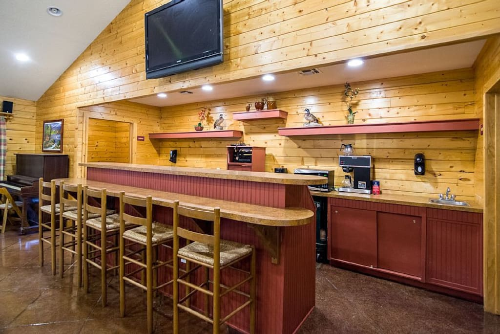 Tall Timbers Large Group Retreat Cabins For Rent In