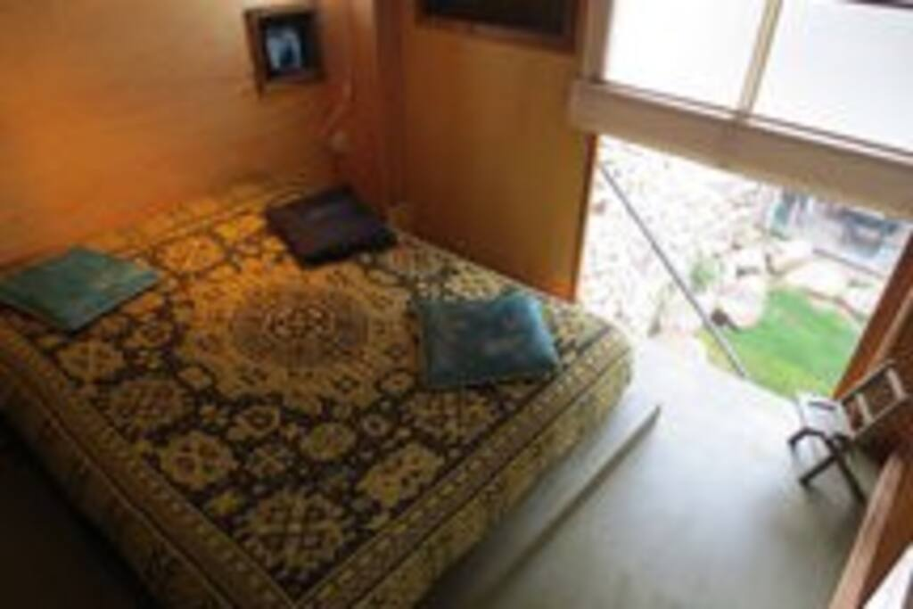 MEZZANINE, comoda zona de dormitorio.