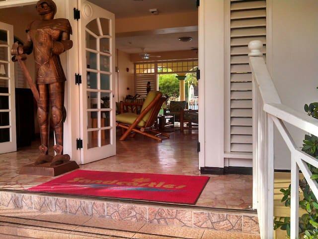 Studio Condo with Wi-Fi, Ocho Rios  - Ocho Rios