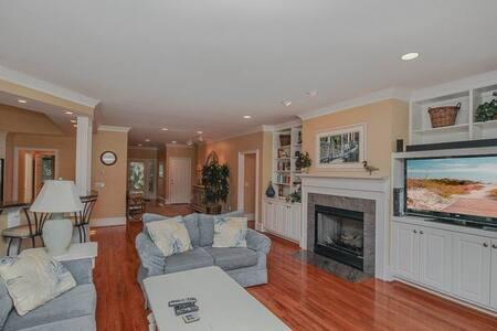 Hidden Oaks Drive 3011 - Seabrook Island - House