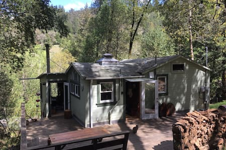 the cabin - Cazadero - Zomerhuis/Cottage