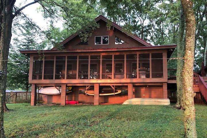 Wheeler Lake Cabin