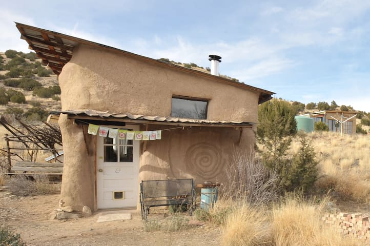 Sustainable Living Residencies - Madrid - Earth House