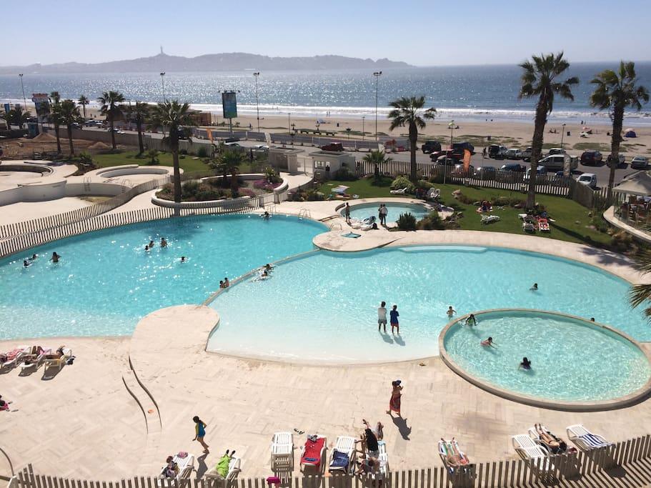 Cuatro fantasticas piscinas, ideales para ninos y adultos.