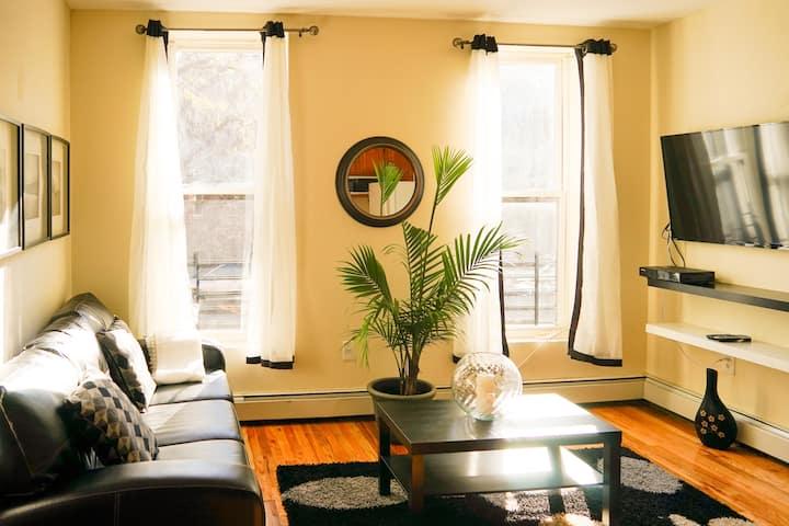 Ebony & Ivory Close to Manhattan Clean & Sanitized