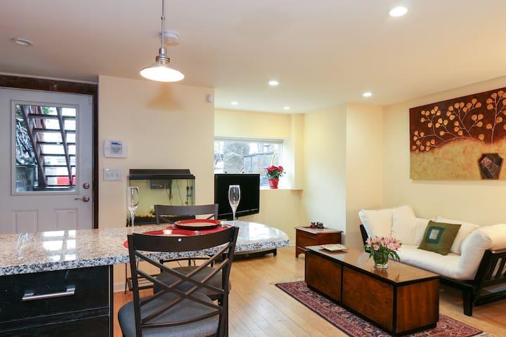 1-Bedroom Modern Spacious Apartment - Washington, D.C. - Haus