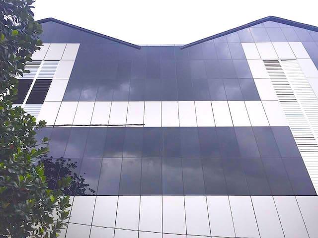 IDEA Residence Kost Hostel - Beji - Hostel