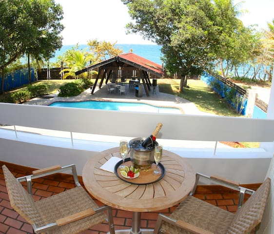 Salitre - Master Suite Oceanview Balcony - Arecibo - Bed & Breakfast