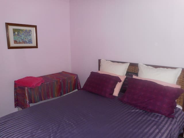 Brisbane Queensland Queen room - Enoggera