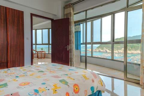 福州连江 奇达村  听海小筑 可以看海上日出的海景房 四房一厅 可做饭
