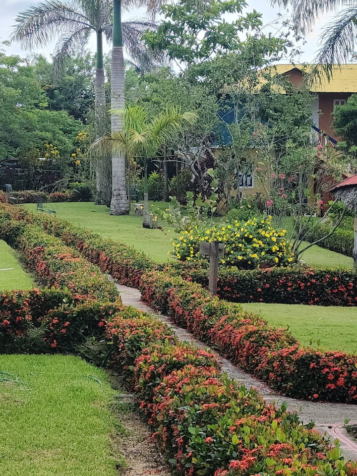 Nature Resort w/Pool Jarabacoa RL2b