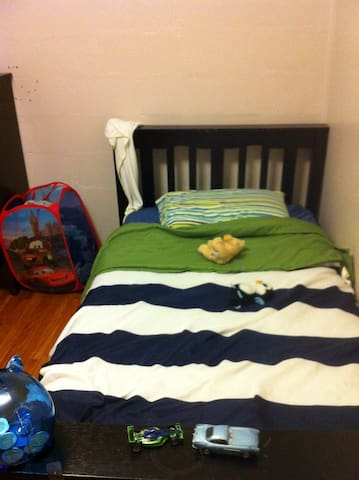 One Cozy Room - Halifax - Talo