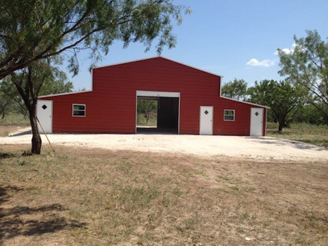 How are little red barn – event venue.