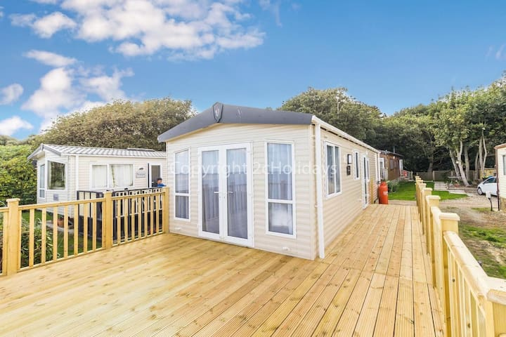 6 berth luxury caravan for hire with a full sea view & stunning views ref 32069