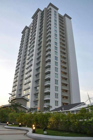 Cosy condominium at Kota Damansara  - Petaling Jaya - Apartment