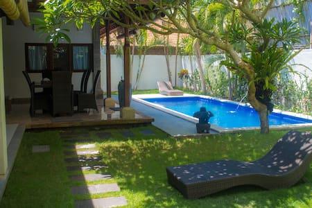 Family Suit - South Denpasar - Villa