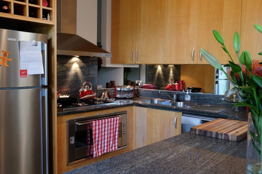 Kitchen great for families and Christmas catering
