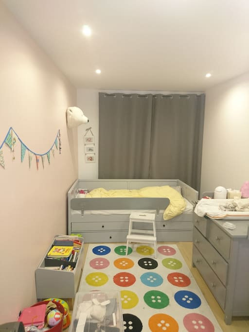 Single room with 2 beds 200x90