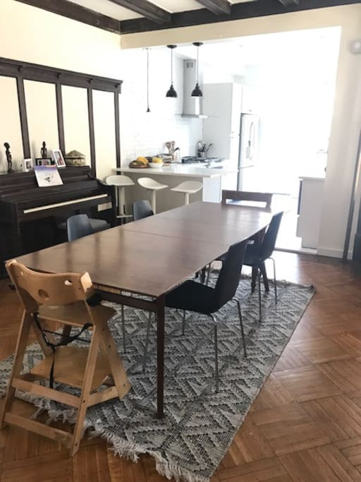 Dining room table seats 8-10