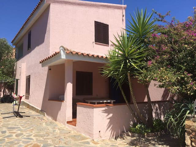 two storey house in San Teodoro