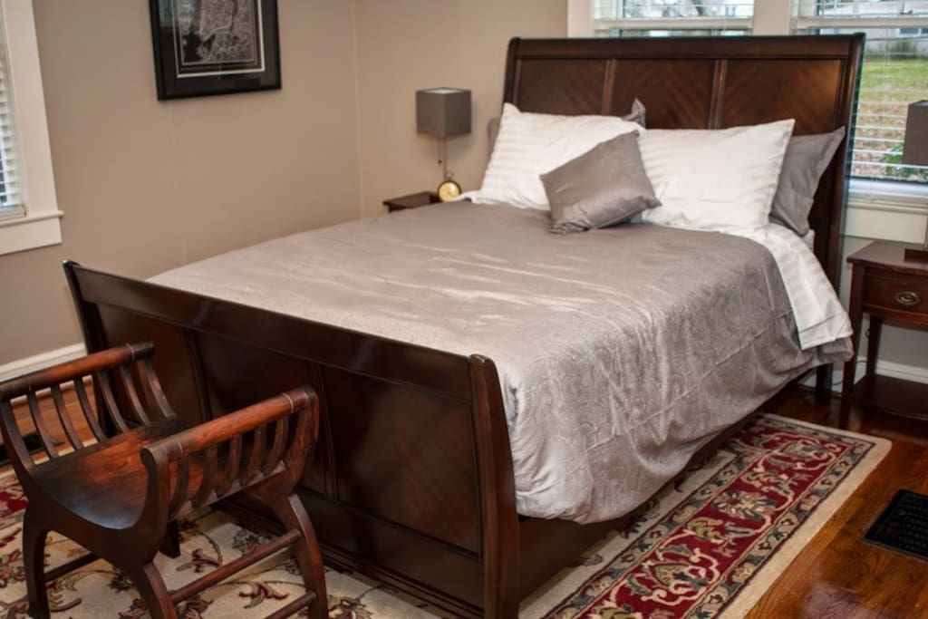 Bedroom # 1 with queen size sleigh bed