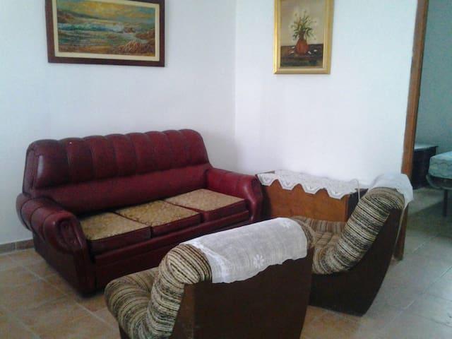 Casa en la villa de Fuentidueña. SG - Fuentidueña, Castilla y León, ES - Casa
