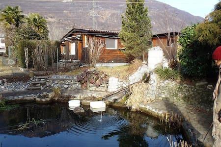 Ferienhaus Maria Ticino-Landschaft - Gudo - 小屋
