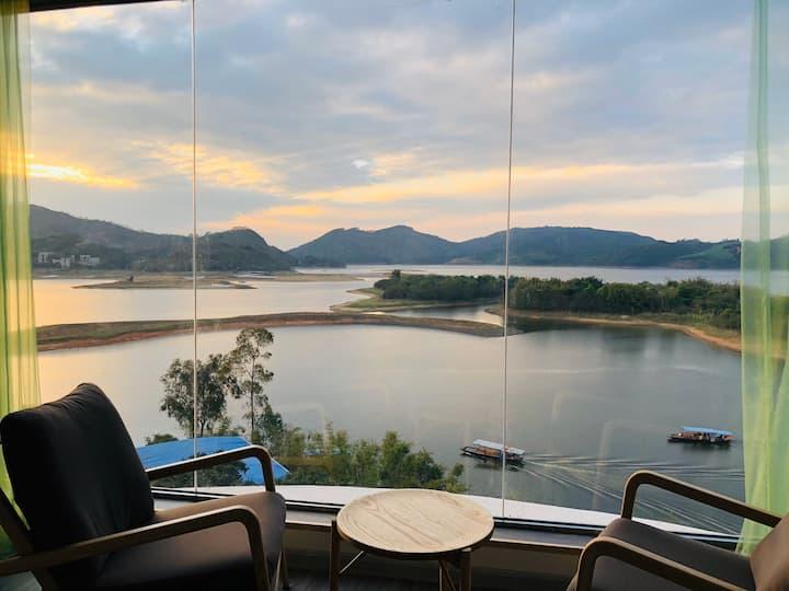 凤凰湖边醉美的民宿—梵特希·宿|超级湖景亲子房