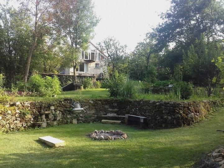 Villa 250m2:piscine, billard, babyfoot, tyrolienne