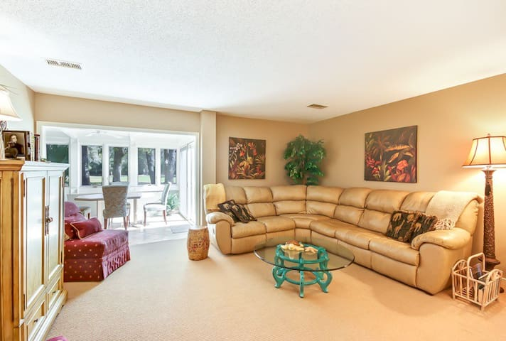 Amelia Island Plantation 892-1 | Sleeps: 2 Bedroom, 2 Bathroom