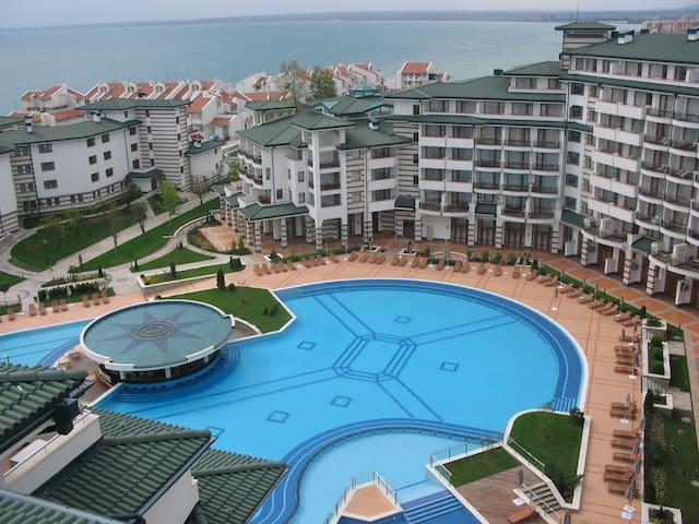 Emerald Resort&Spa(privat studio) - Ravda - Apartamento