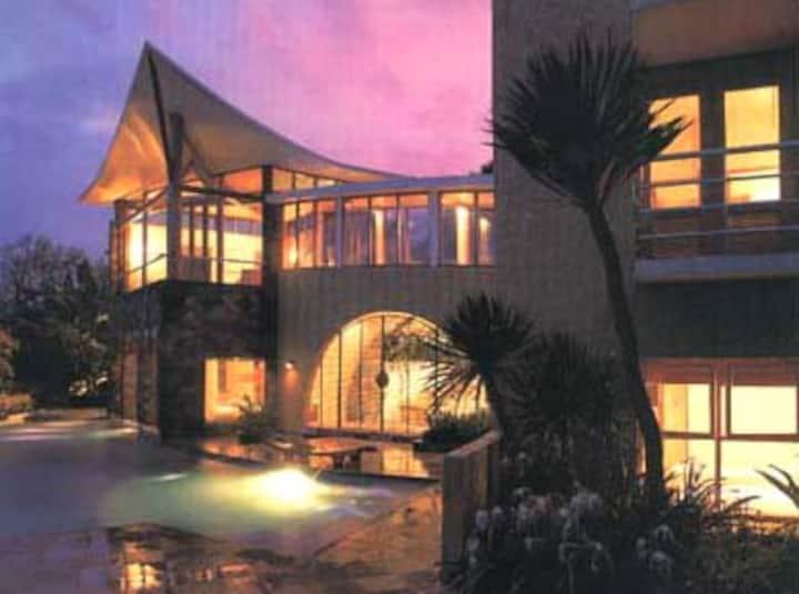 Villa Della Scala-Batu-East Java 诗家山庄-琶都-东爪哇
