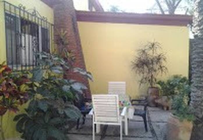Garden Casita in Oaxaca - Santa Lucía del Camino - Dům
