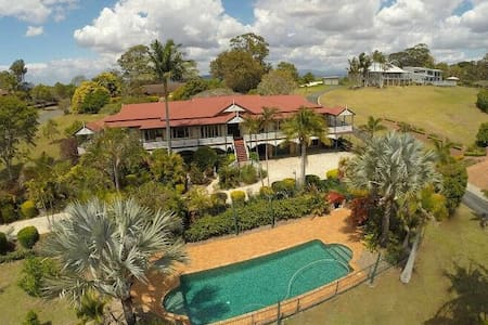 Terranora House/Tweed/Gold Coast- 5 Bedrooms-Views - Terranora - Haus