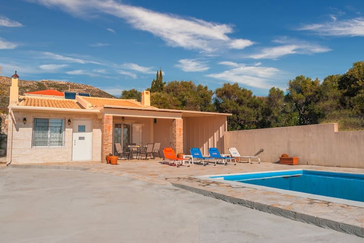 Villa Aloe - Kefalonia - Private pool