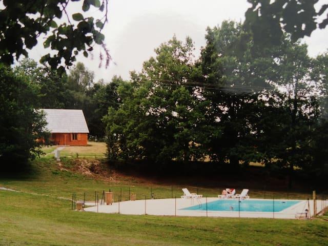 Chalet à la campagne, Sauna et Piscine