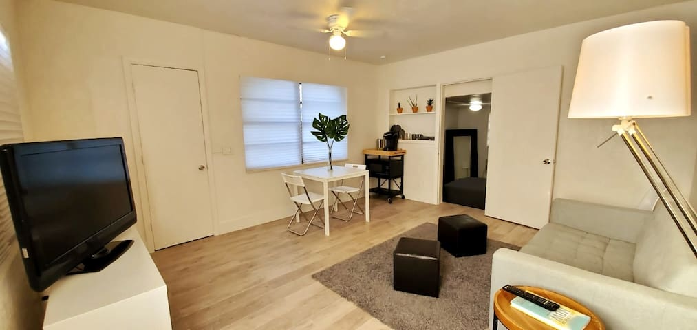 Modern 1/1 near Wynwood | Best Deal | FREE Parking